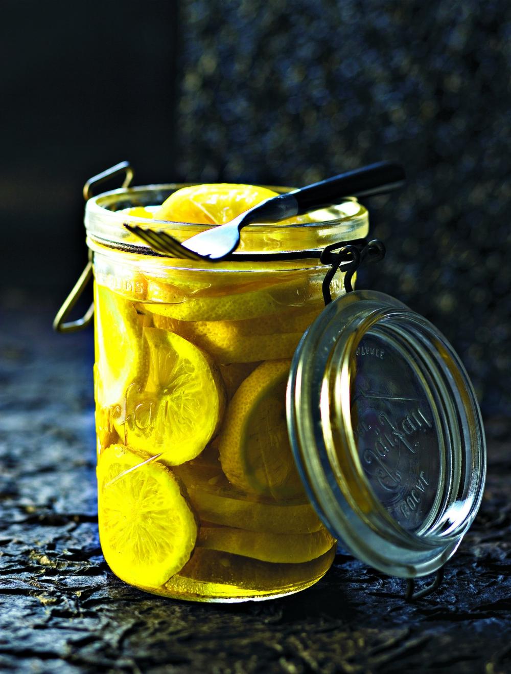 Comment faire du citron confit à mettre en bocaux?
